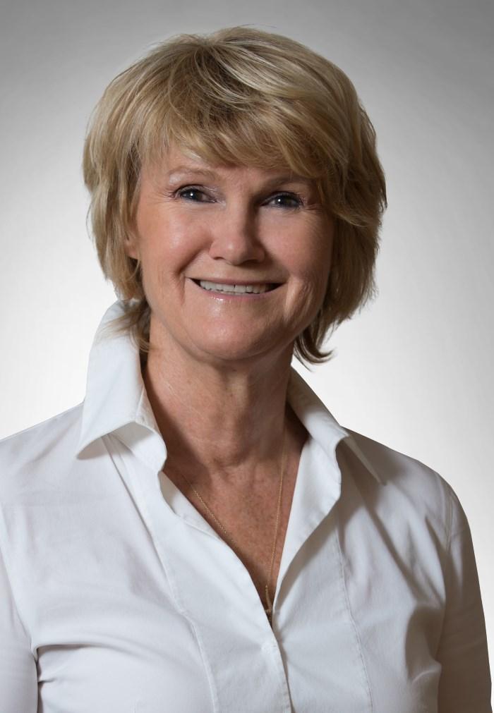 Dr. med. Eva Gütling-Vozenilek Fachärztin FMH für Neurologie